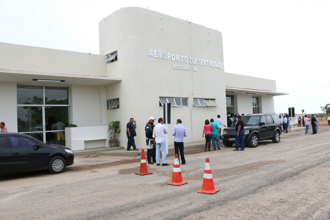 Governador-inicia-agenda-de-três-dias-entregando-reforma-do-Aeroporto-de-Mossoró_06-Ivanízio-Ramos