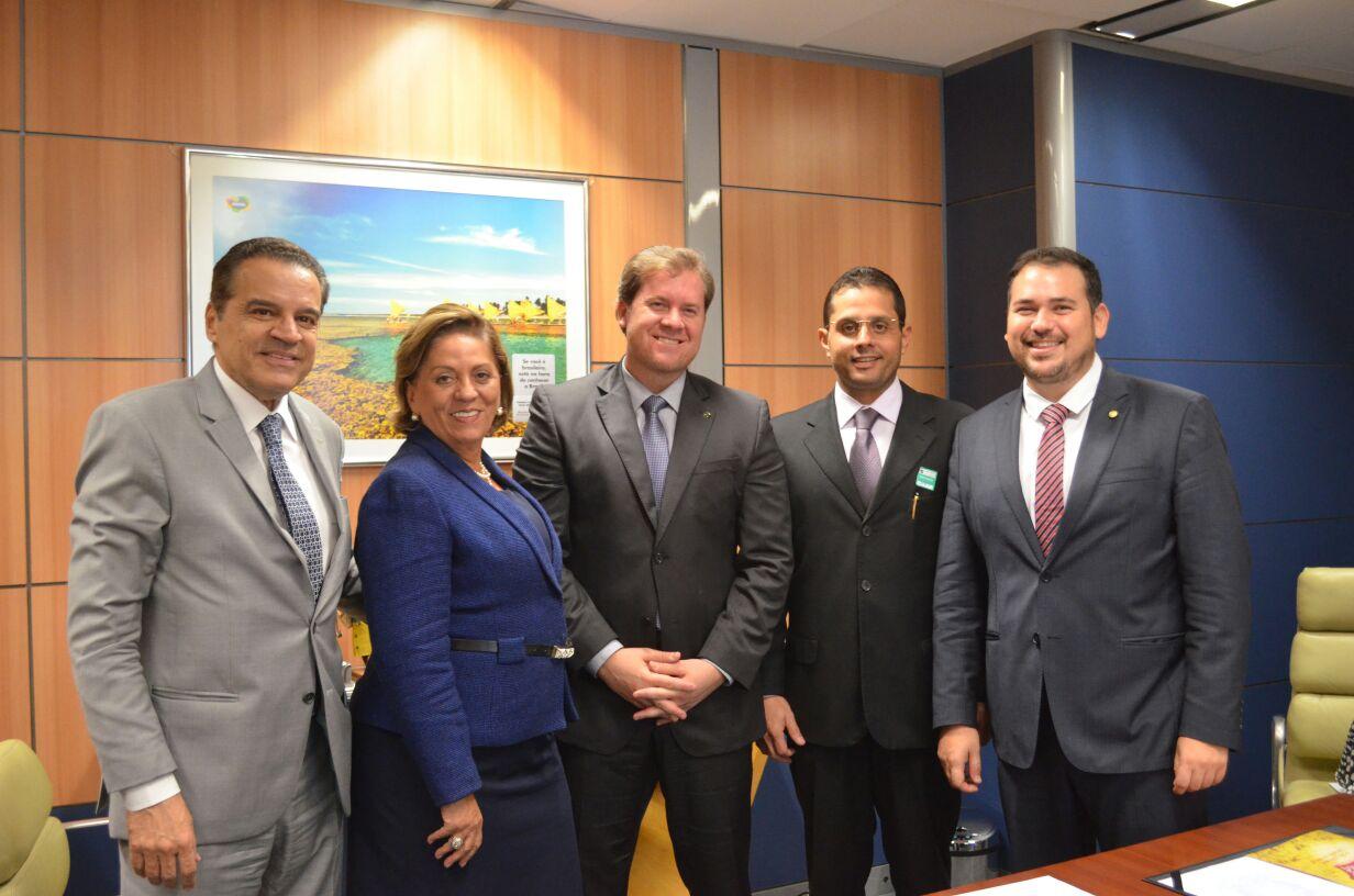 Prefeita Rosalba ao lado de Henrique Alves ministro Marx Beltrao deputado Beto Rosado e secretario Aldo Fernandes