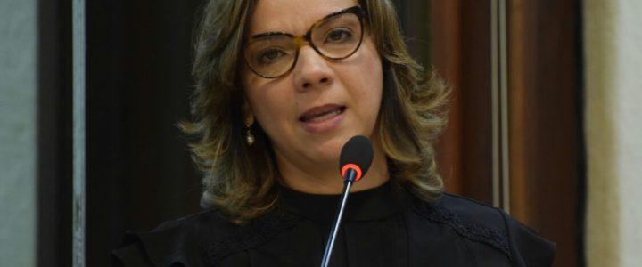 Larissa celebra emancipação de Mossoró e cobra ações do Governo