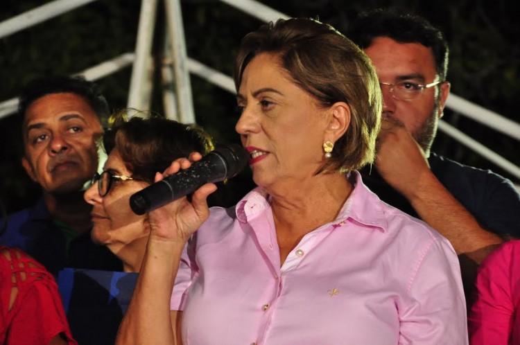 Rosalba Ciarlini tem gestão indefesa