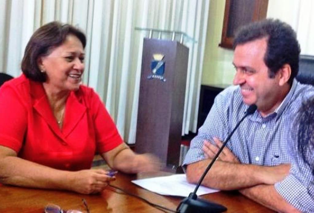 Senadora-Fátima-Bezerra-e-o-prefeito-de-Natal-Carlos-Eduardo-1 (1)